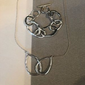 Chloe + Isabel silver circle necklace and bracelet